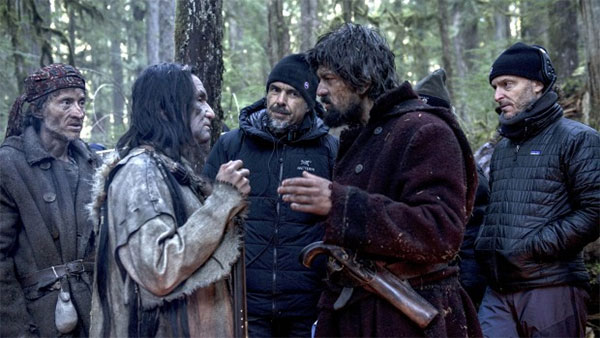 "Alejandro González Iñárritu on the set of ""The Revenant."""