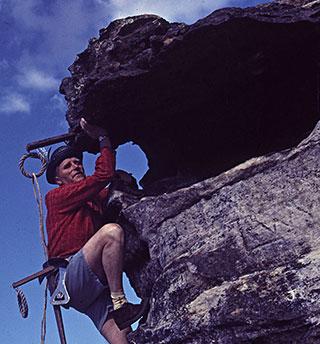 Climb up in style, just like Wal Green circa 1950. (Creative Commons / Blue Mountains Library / Flickr.)